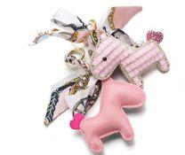 2110000056803_2055_1_crystal_horse_pink_8ad8509a.jpg